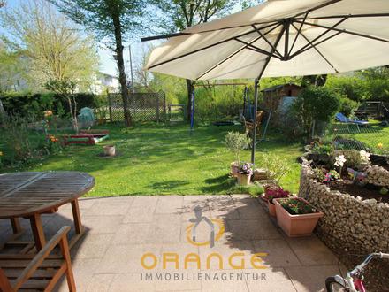 ***Gut geschnittene Gartenwohnung mit großem Hobbykeller, TG-und Außenstellplatz!!!***