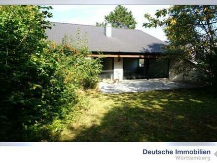 Einfamilienhaus mit großem Grundstück in ruhiger Lage in AA-Dewangen