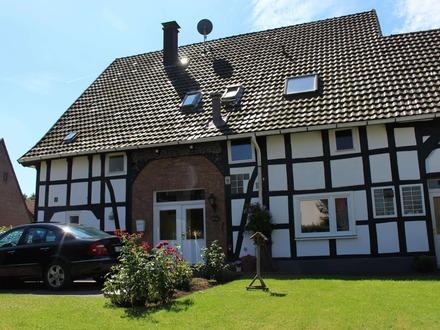 Ein-/Zweifamilienhaus mit Einliegerwohnung in Kirchdornberg