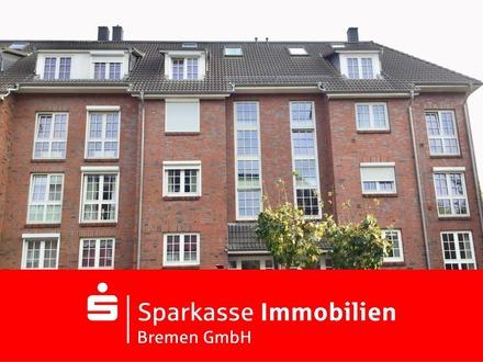 Topgepflegte 3,5-Zimmer-Dachgeschoß-Maisonettewohnung mit Carport in Bremen-Kattenturm