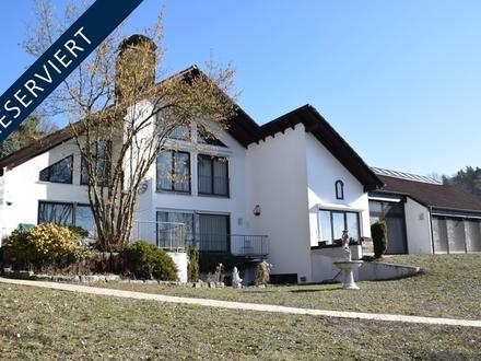 Charmantes Anwesen mit durchdachter Architektur und viel Lebensqualität!