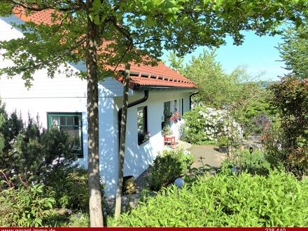Sonnenverwöhntes Einfamilienhaus mit schönem Garten!