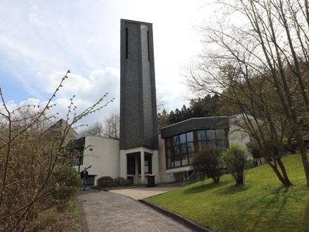 Gewerbe- /Wohnobjekt/ Versammlungsstätte - ehem. Kirchengebäude - in Siegen