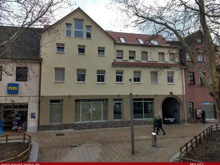 Wohn- und Geschäftshaus mit Bauplatz!