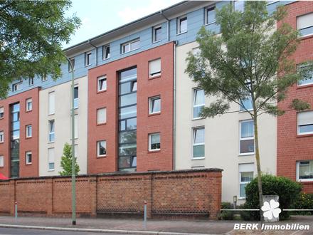 BERK Immobilien - Gepflegte 2-Zimmer Eigentumswohnung mit Dachterrasse in Hanau