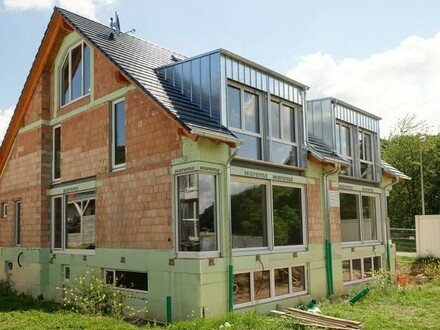Neubau Doppelhaushälfte Erstbezug, modern, hochwertig gebaut, Geisfeld bei Bamberg