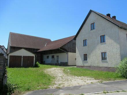 Bauernhof mit Scheune und Stall in Ensdorf, OT Wolfsbach