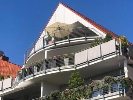 Top Lage GT-Zentrum - schicke 3-Zi.-Whg, Fahrstuhl, Balkon, TG