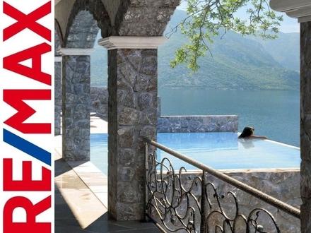 REMAX - Apartment in der Bucht von Kotor, Neubau