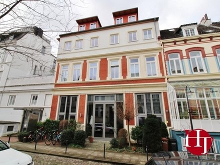 Mitten im Viertel – schickes Büro im Altbremer Haus mit Dachterrasse!