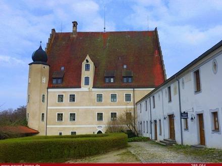 Renaissance-Schloss im schönen Altmühltal