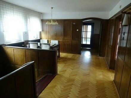 Großzügiges Ein-/Zweifamilienhaus in zentraler Lage von Papenburg-Obenende