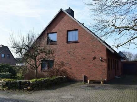 RESERVIERT!!! Großzügiges Einfamilienhaus mit Wintergarten in ruhiger Lage!