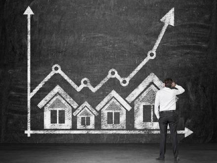 Wohnungspaket mit 13 Wohnungen - Steigerungspotential!