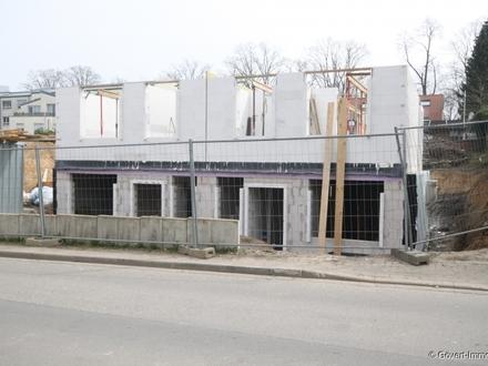 Rohbau fast Fertiggestellt - Neubau von 6 Doppelhaushälften, noch 2 verfügbar