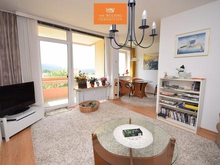 Schöne Aussicht auf die Berge! Sonnige, gepflegte 2-Zimmer-Wohnung mit Balkon.