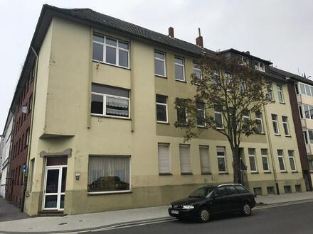 Modernisierte 90 m² Wohnung in WHV