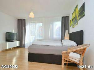 Schön möbliertes Apartment mit WLAN und Stellplatz in Nürnberg/Schweinau