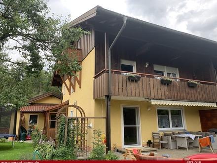 Frisch renovierte Doppelhaushälfte Nähe Chiemsee ideal für die junge Familie