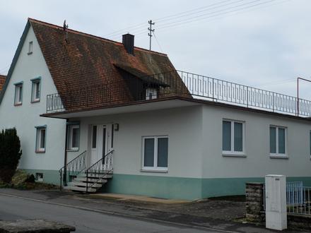 Freistehendes Einfamilienhaus mit viel Potential in Feldrandlage