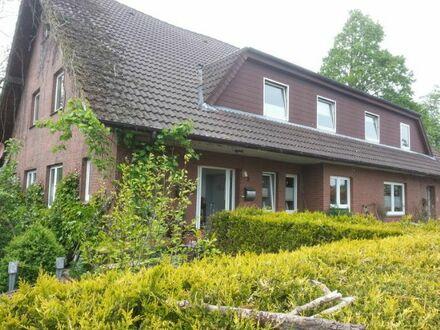 3-Familienhaus in ruhiger Siedlung nahe der Natur