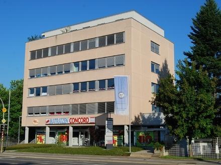 Helle, lichtdurchflutete Büroeinheit in werbewirksamer Lage von Ravensburg