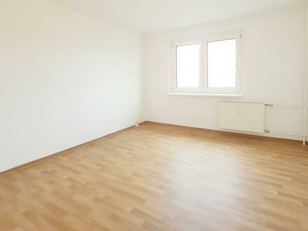 Neumietergutschein* - Ihre neue 4 Zimmer Wohnung bietet viel Platz zum Spielen für die Kinder!