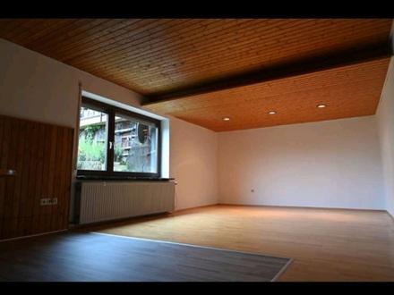 Gemütliche 2-Zimmer Wohnung mit Einbauküche in Weinsberg-Grantschen