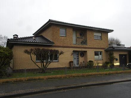 Großzügiges Wohnhaus mit Einliegerwohnung