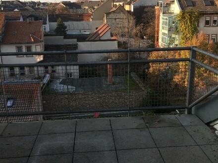 Mannheim-Quadrate, H7, 2, schöne, helle 3 ZKB-Maisonettewohnung mit Terrasse und Balkon