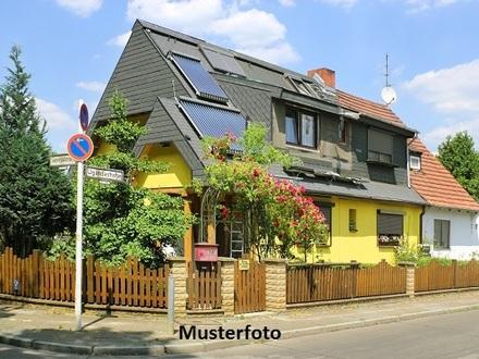 Zwangsversteigerung Haus, Waldweg in Berumbur