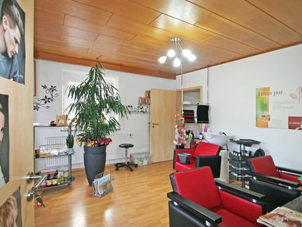 Helle und geräumige Geschäftsräume für z.B. Friseursalon, Büro oder Praxis in Hurlach