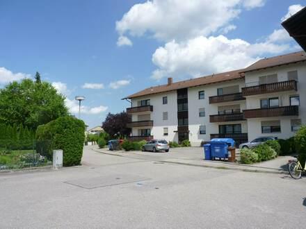 Apartment Nähe Bahnhof mit Balkon u Küche ++ frei ab sofort ++