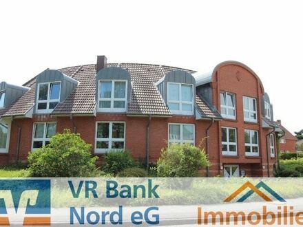 Attraktive Anlagemöglichkeit in zentraler Lage - Wohnung/Gewerbeliegenschaft/Praxis mit 2 TG-Plätzen