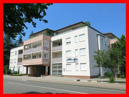 Großzügiges Ein-Zimmer-Apartment mit Balkon in guter Stadtlage