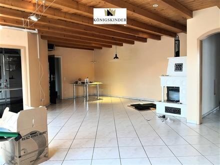 Stilvolle 4-Zimmer- Wohnung mit offenem Kamin, Balkon, Hauswirtschaftsraum und Garage
