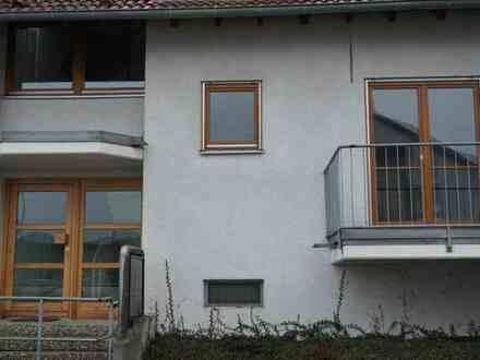 Möblierte 1-Zimmer-EG-Wohnung mit Balkon und EBK in S-Vaihingen - Nähe Uni