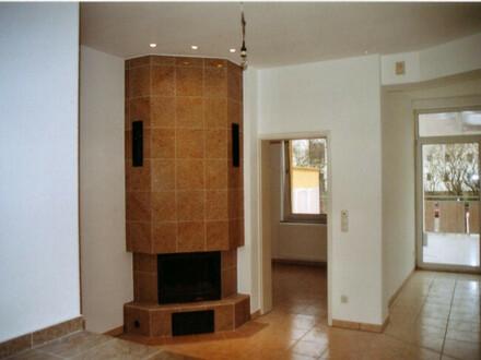 3 Zimmer Komfort Wohnung Erdgeschoß m. Kamin