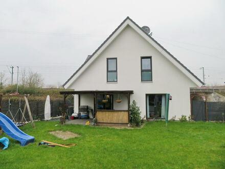 Neuwertiges KfW-70-Haus in Löhne-Ort