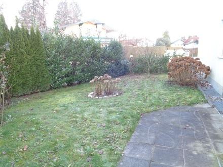 Gartentraum in Siezenheim: Sonniege 2-Zi.-Gartenwohnung mit überdachtem Stellplatz + Freistellplatz