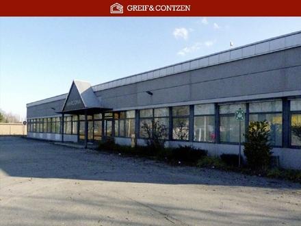 Umfahrbares Lager mit Büro-/Showroomflächen