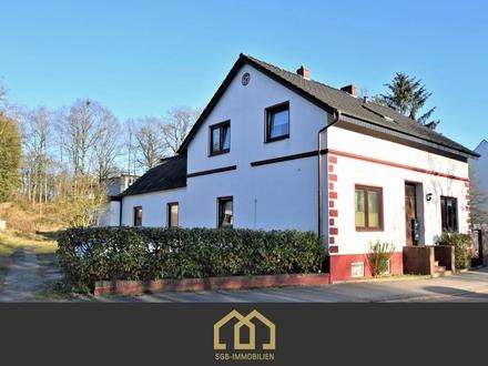 Bremen-Blumenthal: Mehrfamilienhaus mit 3 WE + großem Baugrundstück