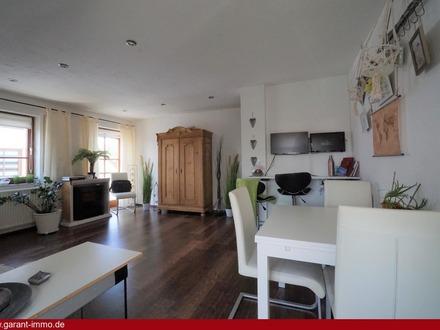* * * Schicke Maisonette-Wohnung in Stadtrandlage * * *