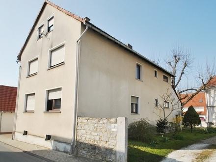 Karben: Großzügige 3-Zimmer-Wohnungen in 3-Familienhaus! Ihre Ruheoase mit Balkon und Garage!
