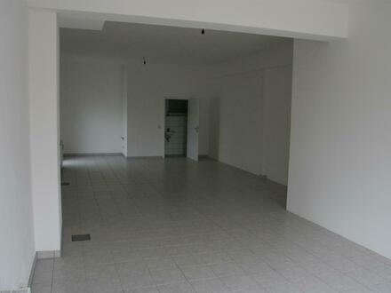 Laden-Bürofläche zu vermieten
