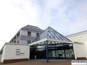 Vermietung eines gepflegten Bürogebäudes mit Ausstellungsflächen
