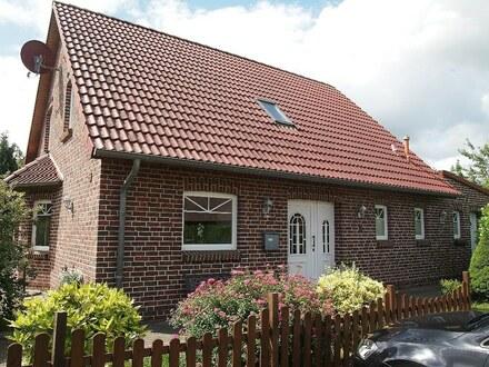 Modernes Einfamilienhaus mit Einliegerwohnung