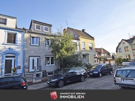 Osterfeuerberg / In 2012 aufwendig saniertes Reihenhaus mit 140 m² Wohn-/ Nutzfläche