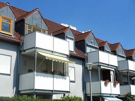 4 6 0,- für NEU renovierte 5 3 qm Wohnung + herrlichen SONNEN- BALKON + EINBAUKÜCHE + TIEFGARAGE