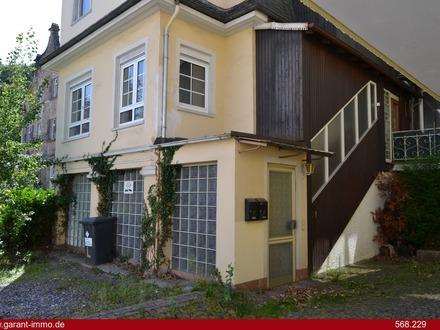 Einfamilienhaus mit viel Potenzial und Einliegerwohnung